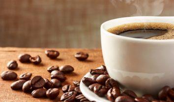 Conheça 5 benefícios do café no pré-treino e surpreenda-se!